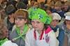 девушка в зеленом)